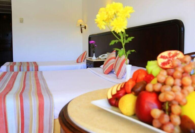 Ovocná misa na izbe v hoteli Labranda Royal Makadi