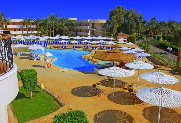 Bazén v hoteli Labranda Royal Makadi