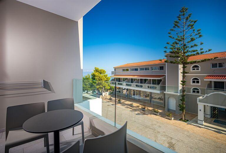 Ostatné Hotel Alexandra Beach *****