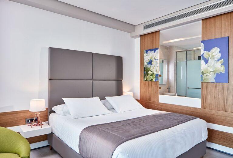 Ubytovanie Hotel Lesante Blu Exclusive Beach Resort *****