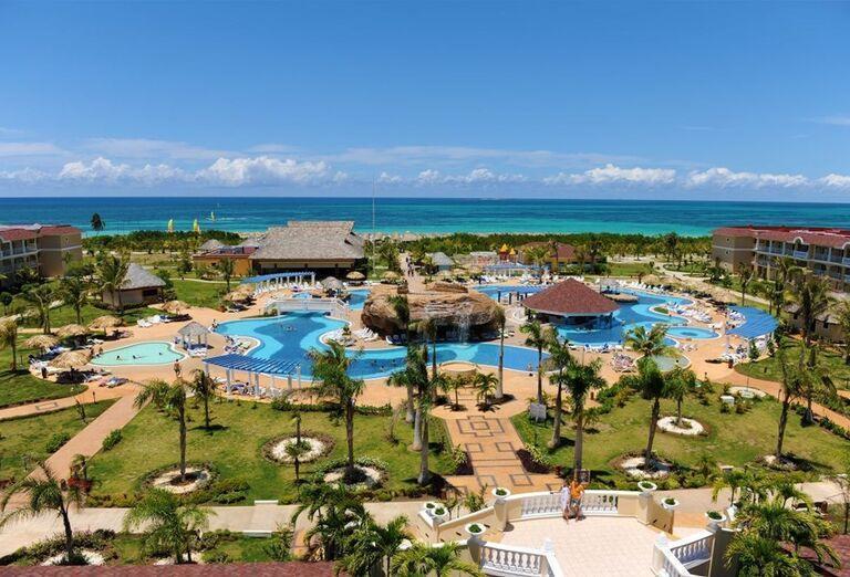 Pohľad na komplex hotela Iberostar Laguna Azul