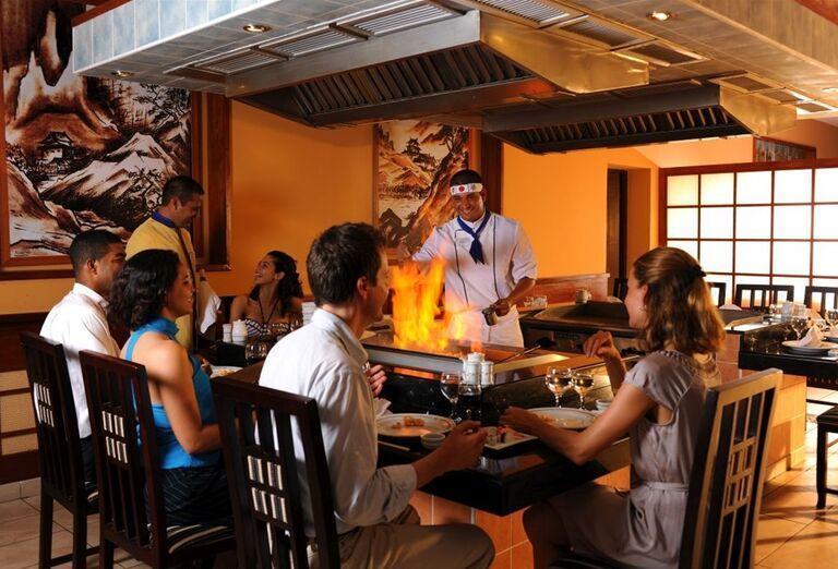 Páriky pri živom varení v hoteli Iberostar Laguna Azul