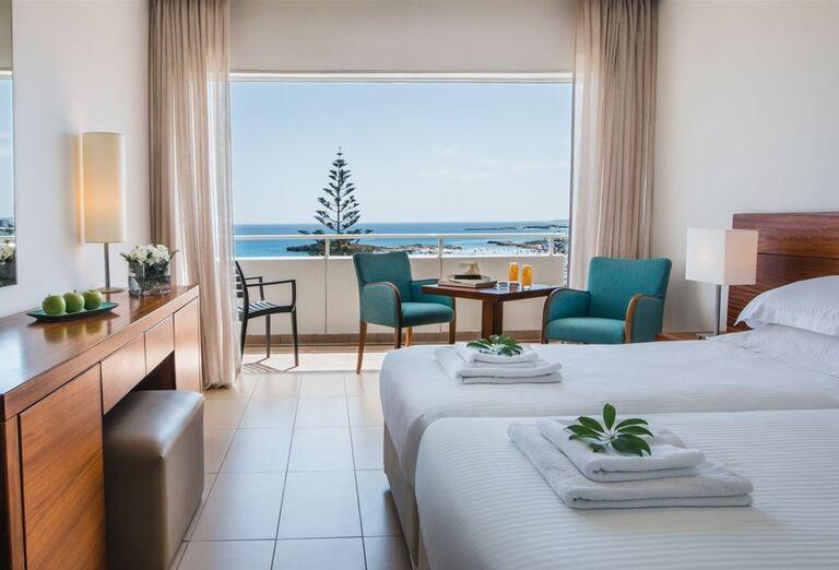 Ubytovanie Hotel Nissi Beach Resort ****+