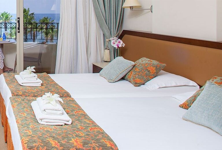 Ubytovanie Aquamare Beach Hotel & Spa ****