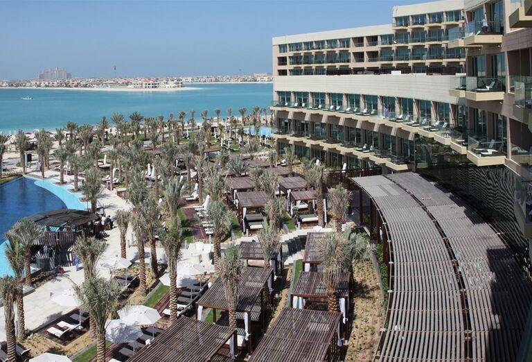 Pohľad na hotel Rixos The Palm Dubai a areál