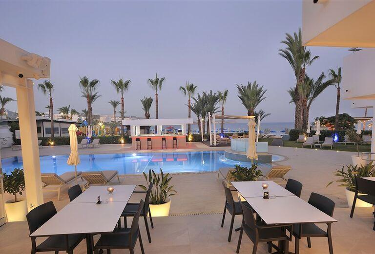 Vodný svet Hotel Okeanos Beach ****