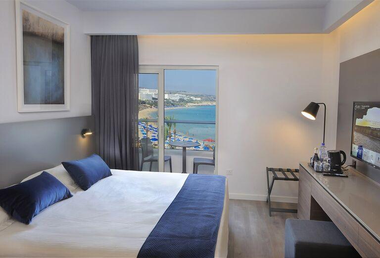 Ubytovanie Hotel Okeanos Beach ****