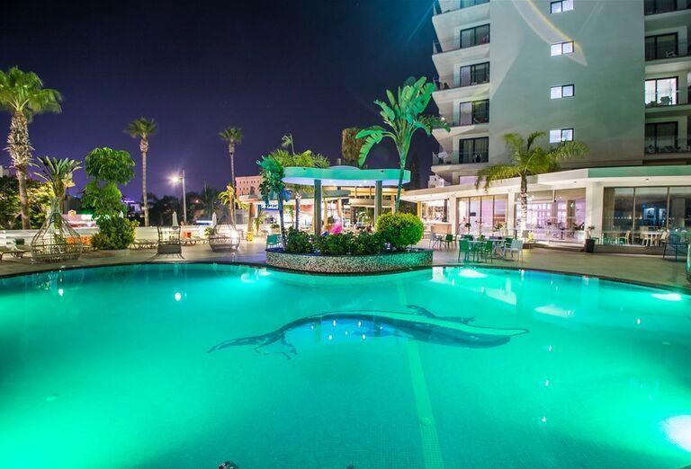 Vodný svet Hotel Stamatia ***+