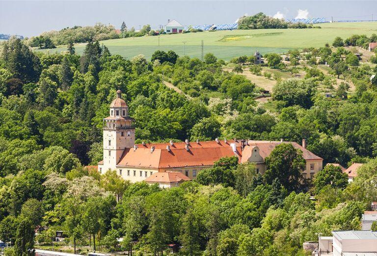 Zámky Moravský Krumlov, Jevišovice a Jaroměřice nad Rokytnou, poznávací zájazd