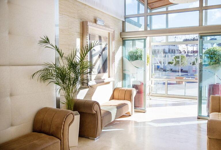TUI FAMILY LIFE Bahia Feliz - Playa Feliz - interiér hotela