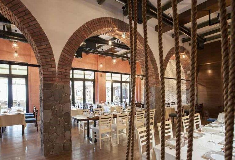 Reštaurácia v hoteli Rixos Bab Al Bahr
