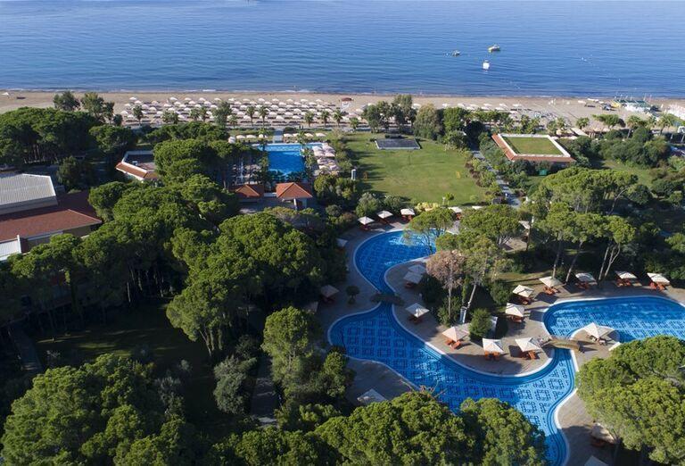 Areál hotela Abaton Island Resort & Spa
