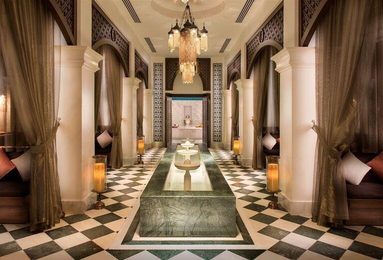 Vstup do hotela Rixos Bab Al Bahr