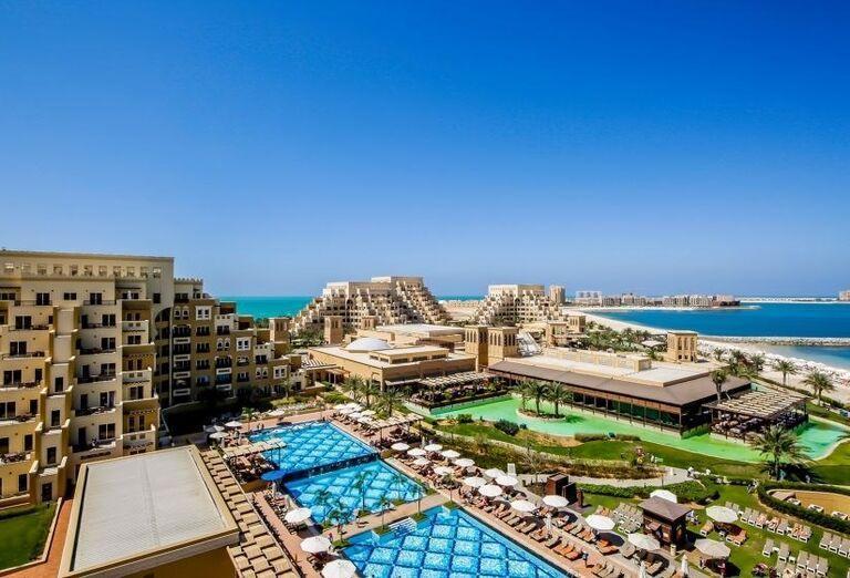 Areál hotela Rixos Bab Al Bahr