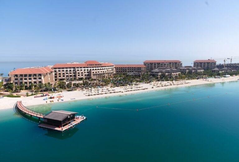 Hotel Sofitel Dubai The Palm Resort & Spa s mólom na mori