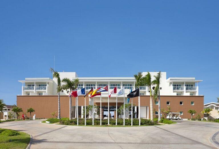 Pohľad na hotel Ocean Vista Azul by H10