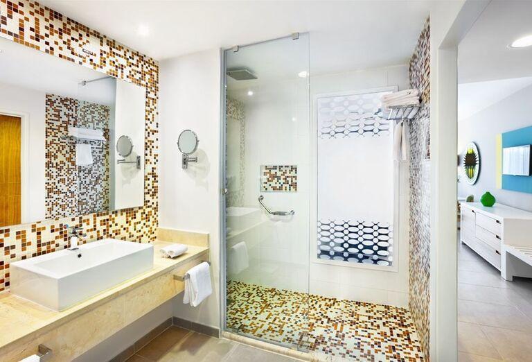 Kúpeľňa v hoteli Ocean Vista Azul by H10