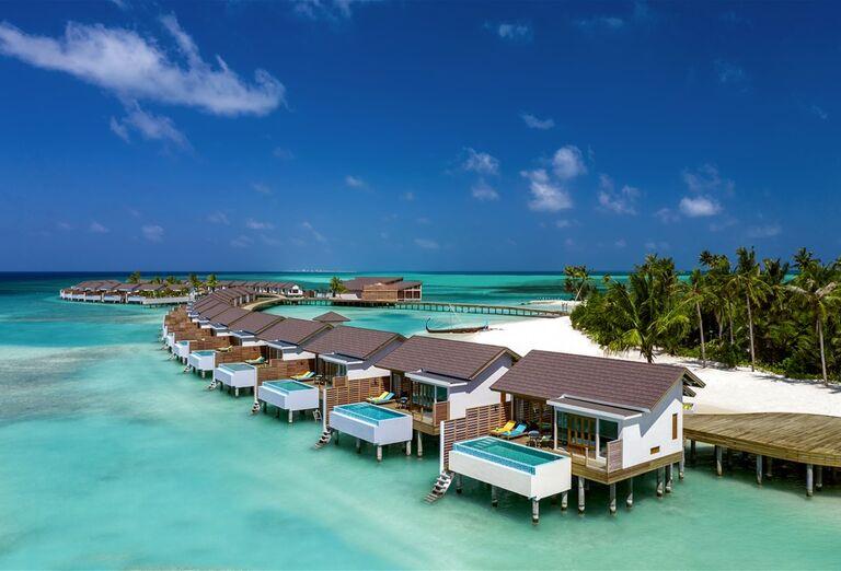 Hotel Atmosphere Kanifushi Maldives *****