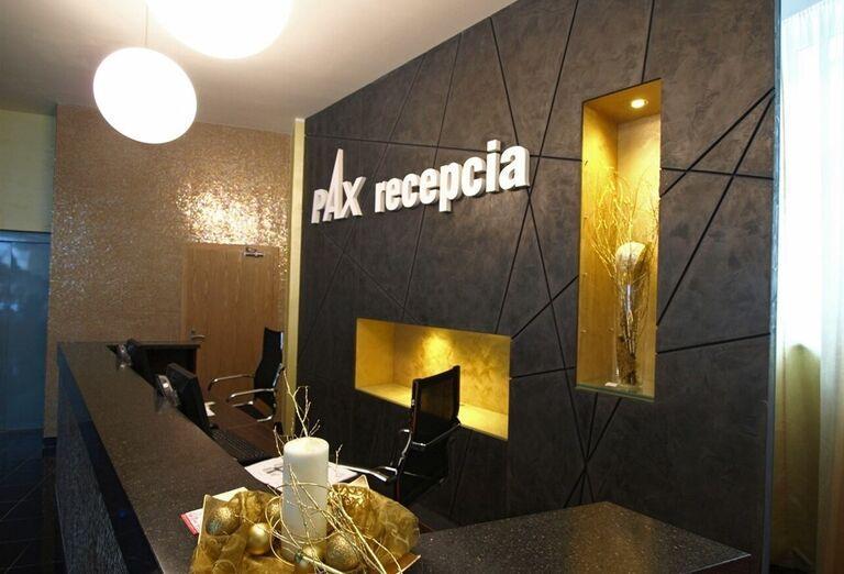 Recepcia kúpeľného hotela Pax