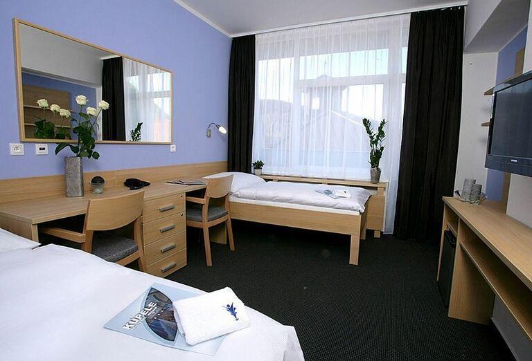 Dvojlôžková izba v kúpeľnom hoteli Pax