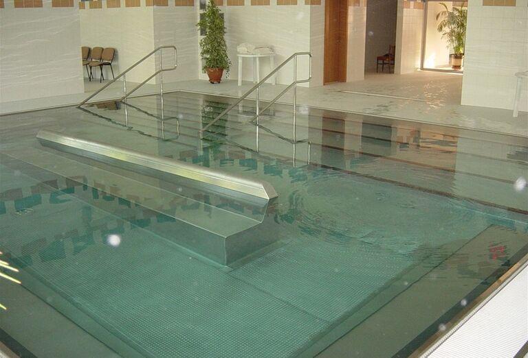 Bazén, Hotel Smaragd, Dudince, Slovensko