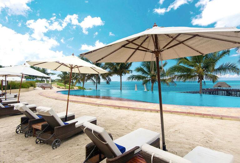 Sea Cliff Resort & Spa K