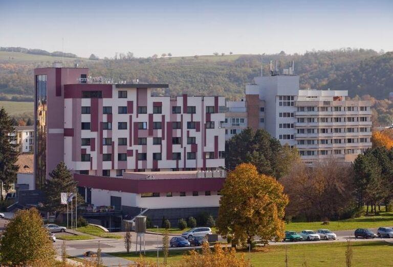 Kúpeľný hotel Minerál