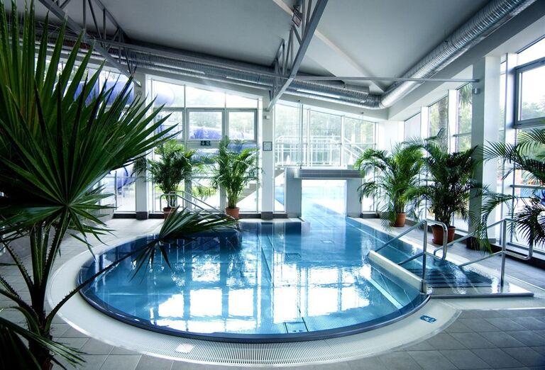 Vnútorný bazén v hoteli Royal Palace