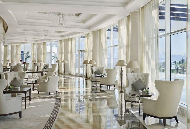 Posedenie v hoteli Waldorf Astoria Dubai Palm Jumeirah