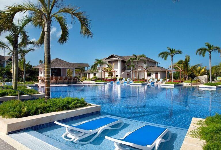 Bazén v hoteli Royalton Cayo Santa María