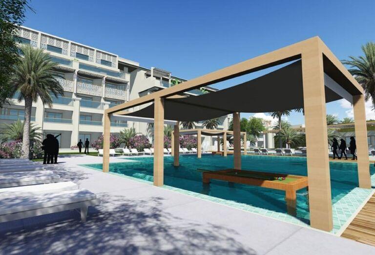 Netradičný bazén s biliardom v hoteli Steigenberger Pure Lifestyle