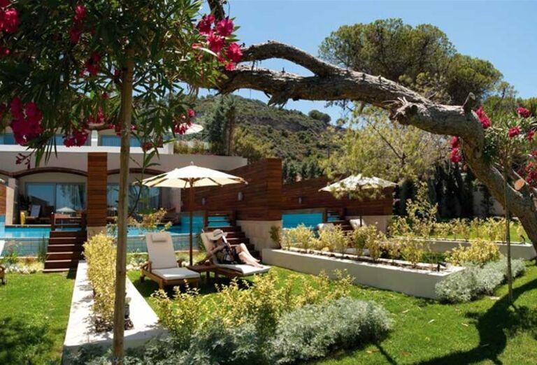 Súkromné vstupy do bazéna v hoteli Amathus Elite Suites