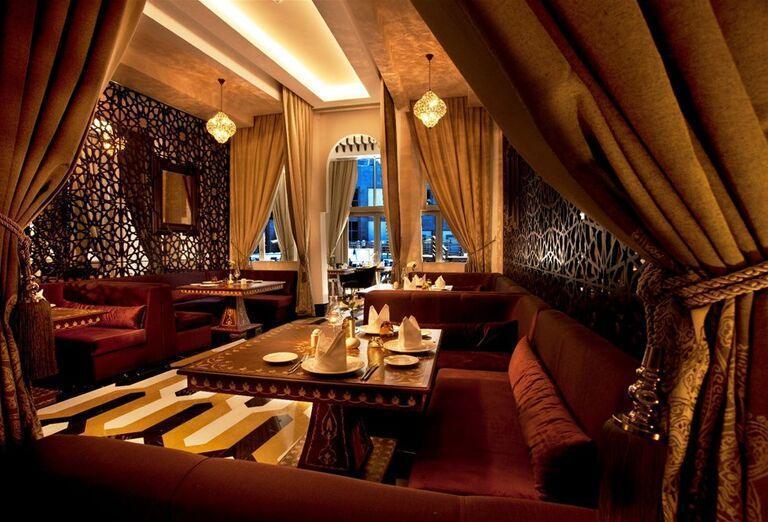 Posedenie v hoteli Kaya Palazzo Golf Resort
