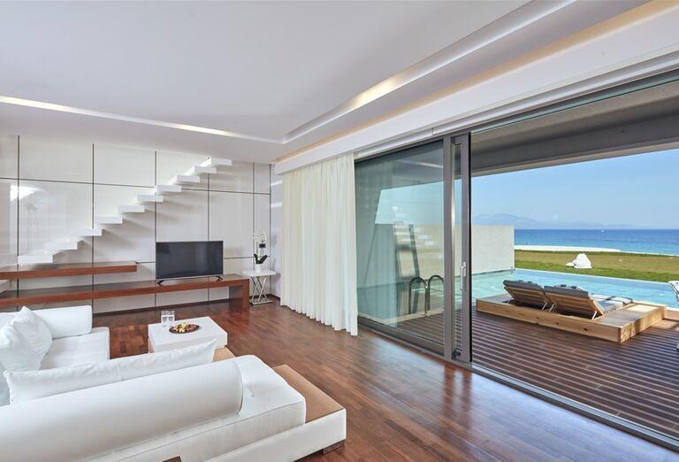 Izba s výhľadom na more a bazén v hoteli Lesante Blu Exclusive Beach Resort