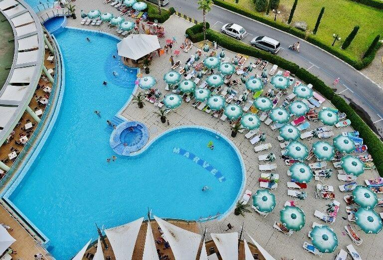 Bulharsko, Hotel Marvel, bazén