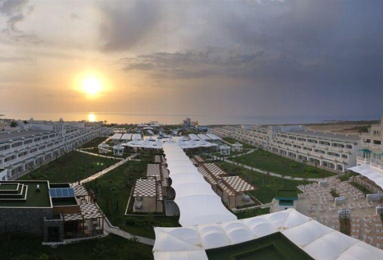Výhľad z hotela Limak Cyprus
