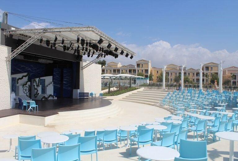 Amfiteáter v hoteli Limak Cyprus