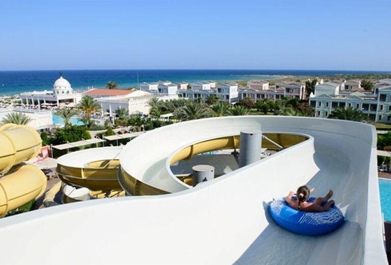 aquapark v hoteli Kaya Artemis