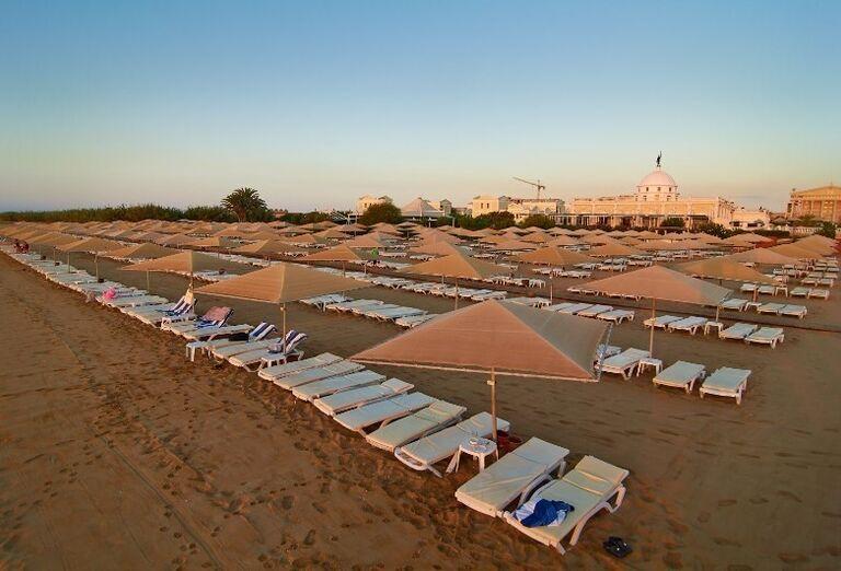 pláž v hoteli Kaya Artemis, Bafra, Cyprus