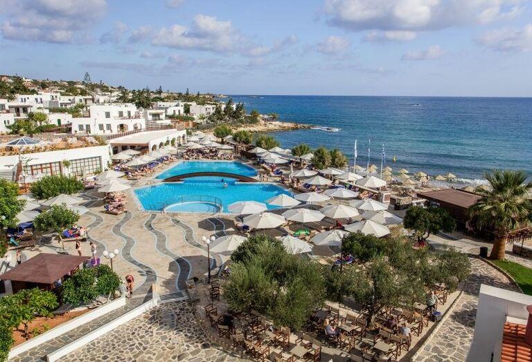 Pohľad z výšky na hotel Creta Maris Beach Resort