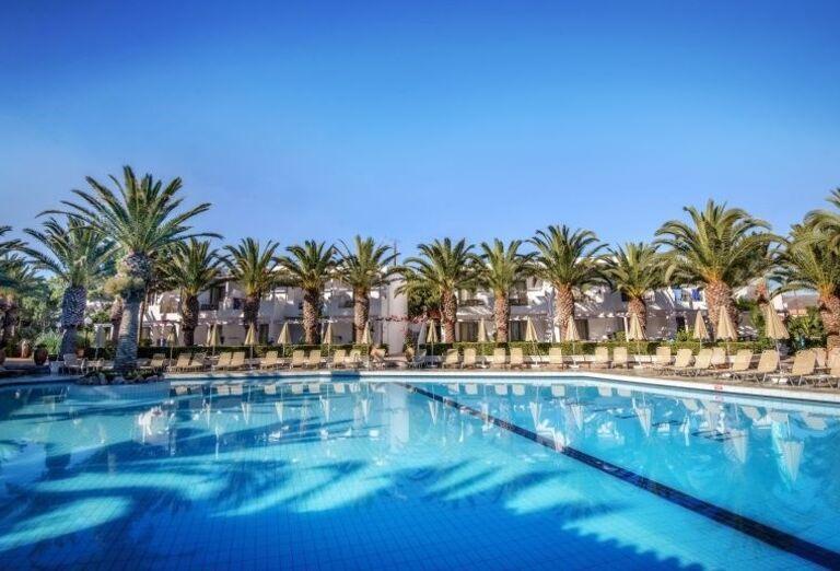 Bazén hotela Sunconnect Marina Beach