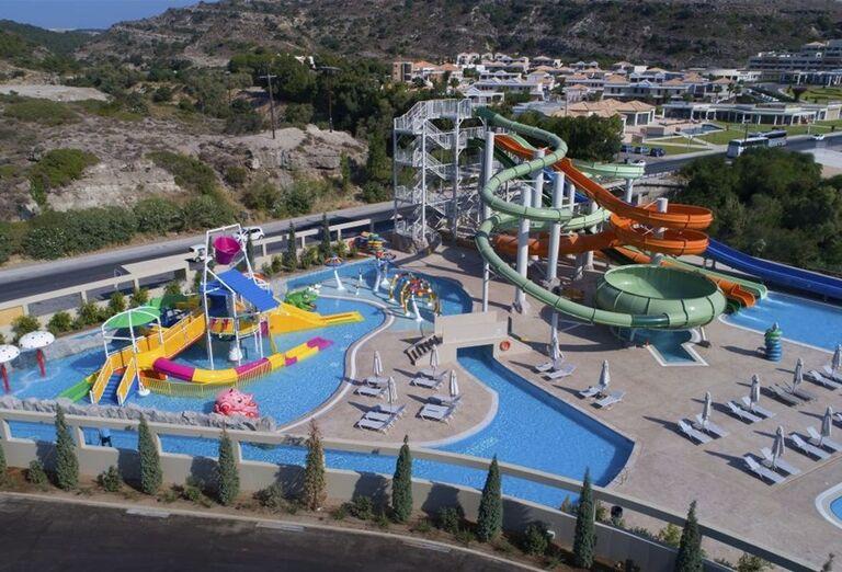 Vodný svet v areáli hotela Amada Colossos Resort