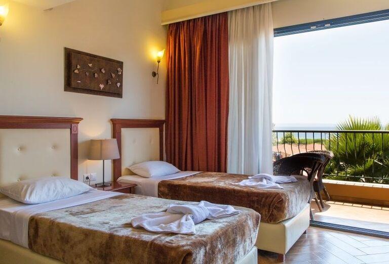 Izba s výhľadom na more v hoteli Village Mare