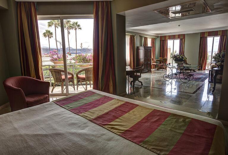 Bull Hotel Reina Isabel & Spa -Hotelová izba