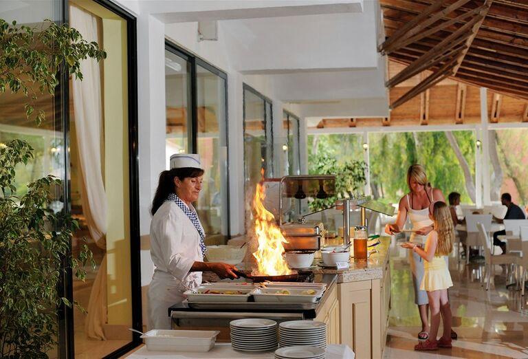Showcooking v hoteli Louis Zante Beach, Laganas, Zakyntos