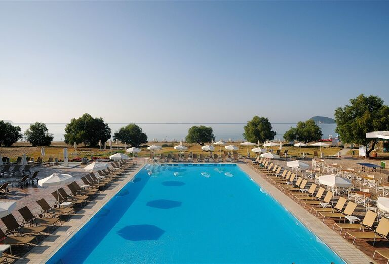 Bazén v hoteli Louis Zante Beach, Laganas, Zakyntos