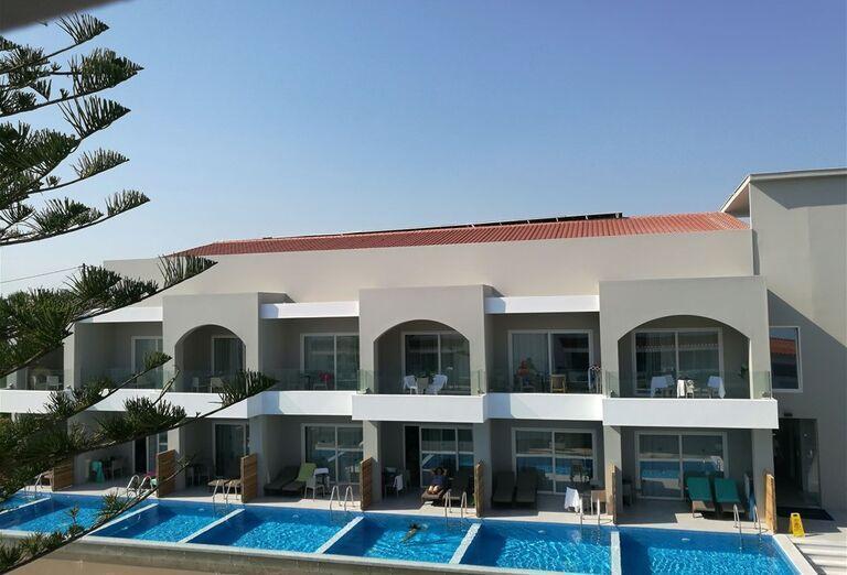 Pohľad na hotel Sentido Alexandra Beach