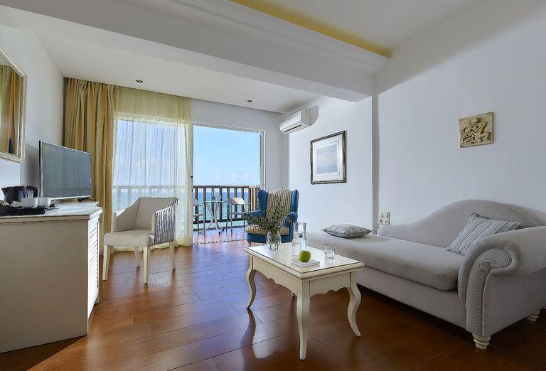Ubytovanie Alexander Beach Hotel & Village *****