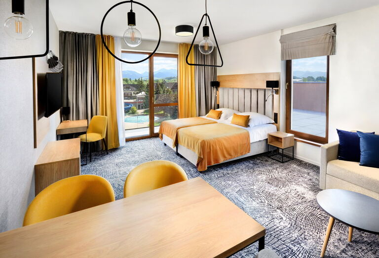Akvamarín Hotel, Bešeňová