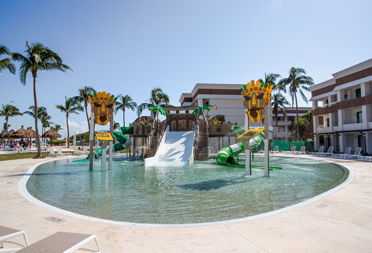 Hotel Grand Bahia Principe Tulum - detský bazén